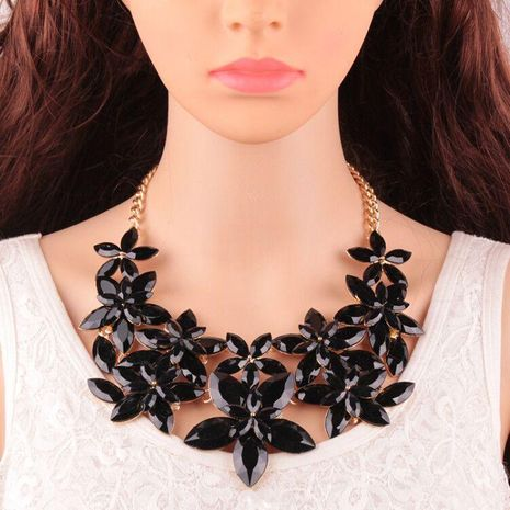 Womens geometric rhinestone alloy Necklaces JQ190416117451's discount tags