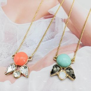 Womens Other Simple gemstone flower resin Necklaces OM190419118290's discount tags