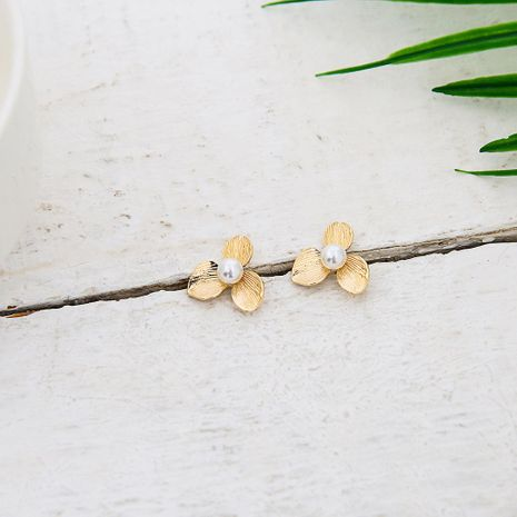 Womens Geometry Electroplating Personal flower shape  Alloy Earrings QS190422118746's discount tags