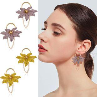 Womens Geometric Hollow Plastic / Resin Earrings KQ190423118952's discount tags