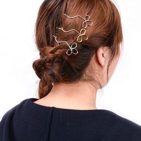 Accesorios para el cabello de metal trébol hueco hueco hecho a mano para mujer XR190430120068's discount tags