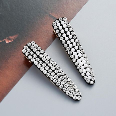 Fashion Acrylic Rhinestone and Beads Hair Clip NHJE121624's discount tags