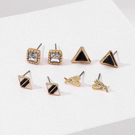 Pendientes de aleación de galjanoplastia simple triangular diamante cuadrado para mujer NHNZ121983's discount tags