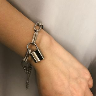 Womens lock plating alloy Bracelets & Bangles XR190506120371's discount tags
