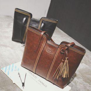 Fashion vintage tassel large capacity handbag NHXC125167's discount tags