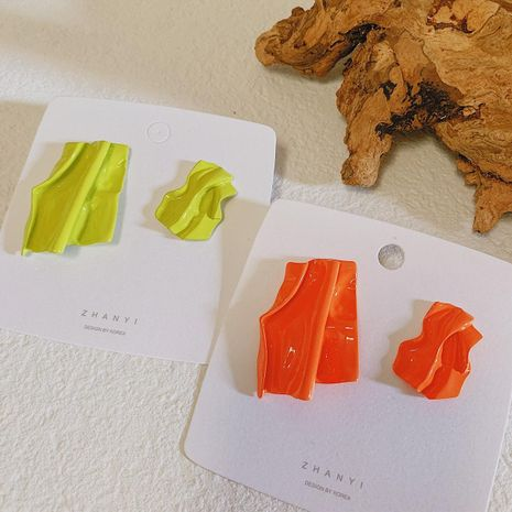 Candy-colored pleated alloy paint asymmetrical personality fashion earrings NHYQ127987's discount tags