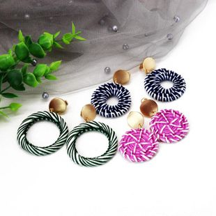 Colored round imitation straw resin ear clips NHOM129500's discount tags