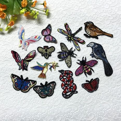 European and American wind and bird butterfly high-end clothing accessories NHLT133315's discount tags