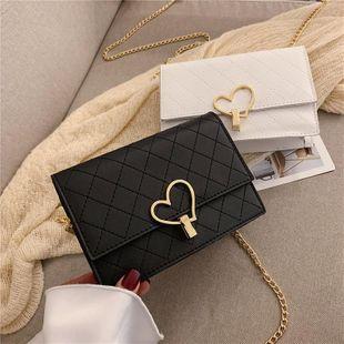Fashion single shoulder slung rhombic chain small square bag NHXC133390's discount tags