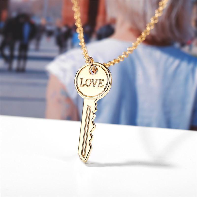 Creative simple love key metal necklace NHPJ134432