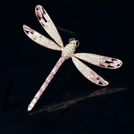 Broche de cristal de circón rosa en forma de T NHDO134805's discount tags