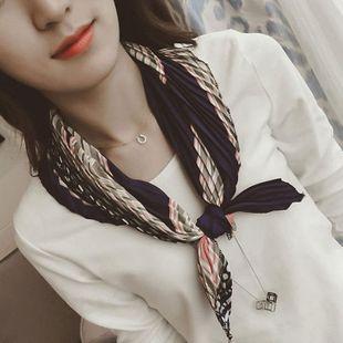Versión coreana de la bufanda cuadrada plisada de caramelo de diamante NHMN138529's discount tags