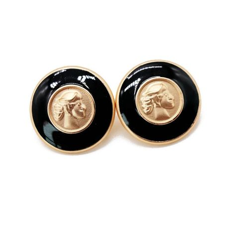 Round black drip ear clip retro human head ear clip NHOM131675's discount tags