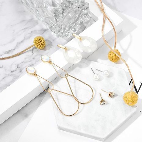 Explosion-cut hollow resin alloy earrings set NHXS132510's discount tags