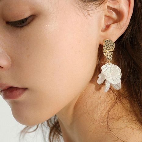 Simple shell crack holiday wind petals flower earrings NHCT132524's discount tags