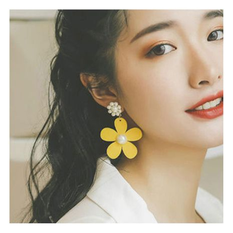 Creative personality, stylish, fresh yellow flower earrings NHCT132537's discount tags