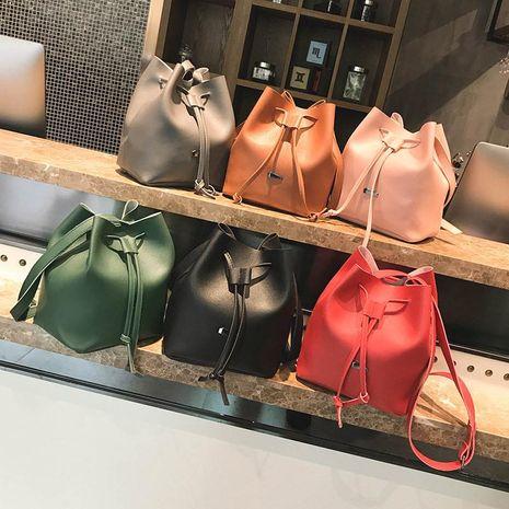 Simple iron bucket bag retro casual handbag NHXC141613's discount tags