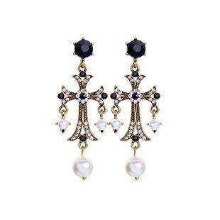 Pendientes de perlas cruzadas y diamantes estilo palacio NHQD142358's discount tags