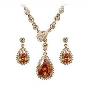 Fashion Luxury Zircon Necklace Earrings Austria Imitated crystal Set NHLJ143890
