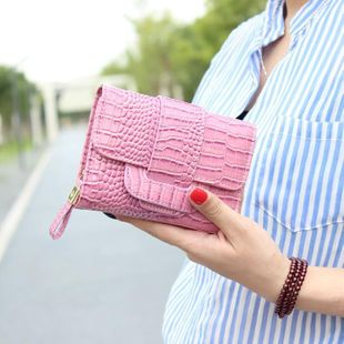 PU leather lacquered crocodile three-fold buckle short wallet NHNI143965's discount tags