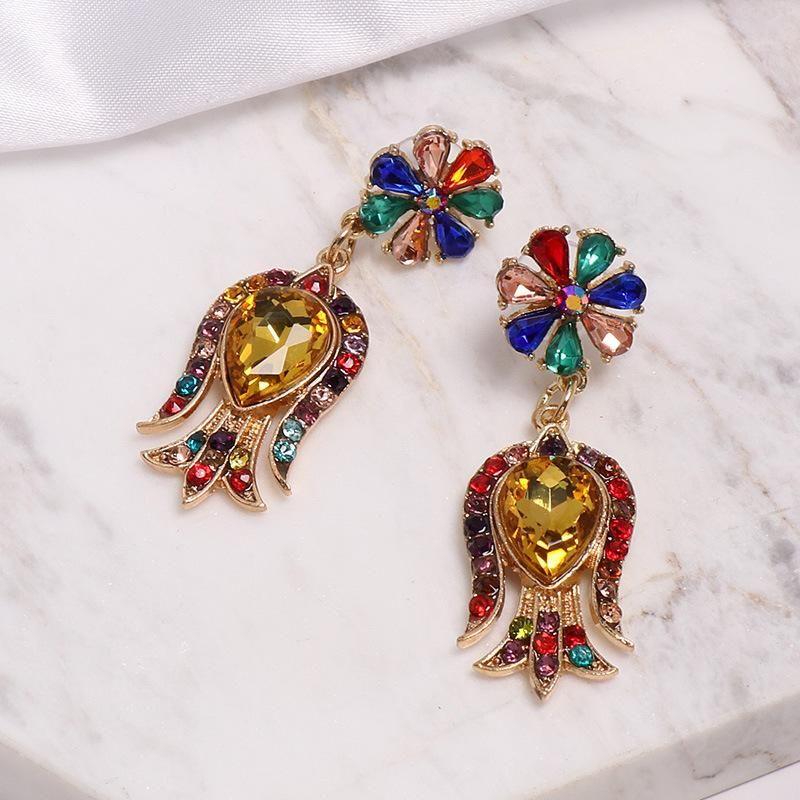 Vintage color rhinestone flower alloy earrings NHJJ139151