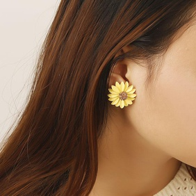 Sweet daisy flowers stud earrings NHPF145266