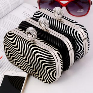 European and American fashion PU striped evening bag NHYG146249's discount tags