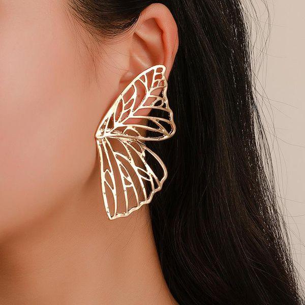 Pendientes de alas de mariposa huecas con corte de explosión NHCU146547