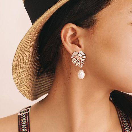 Sleek minimalist alloy openwork leaf stud earrings NHGY146973's discount tags