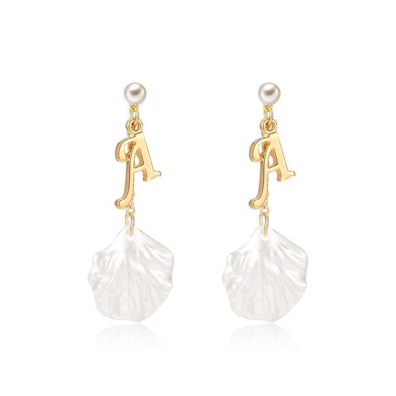 26 English alphabet pendant shell earrings NHXS148018