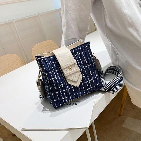Fashion casual slung bucket bag NHTC139442's discount tags