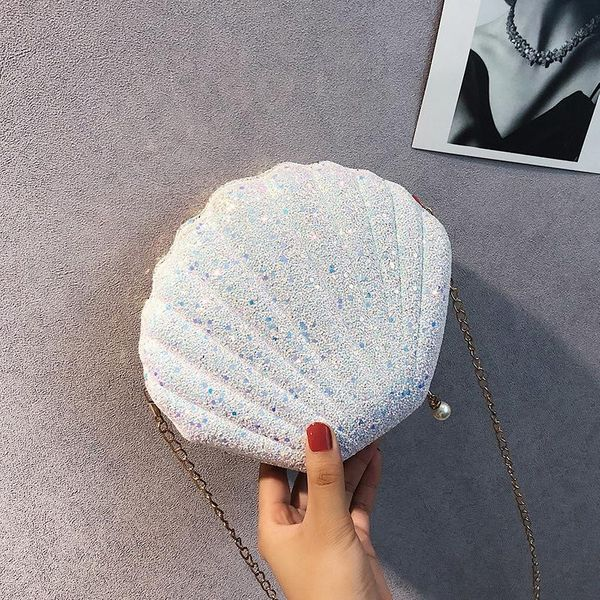 Sleek minimalist shell sequin chain bag NHXC148616