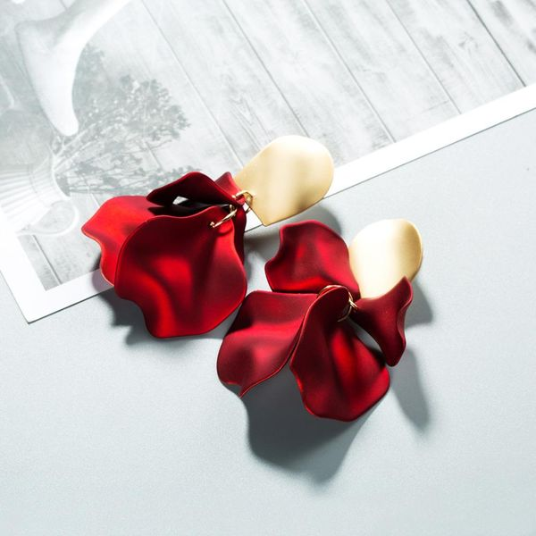 Fashion Rose Short Earrings NHWF139717