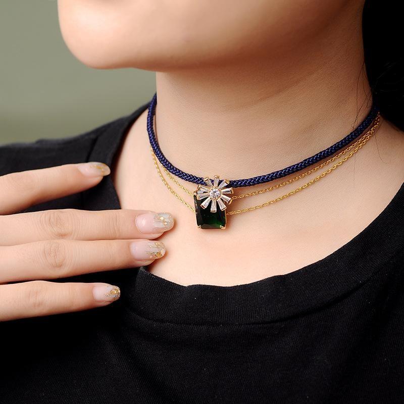 Womens geometric rhinestone-studded copper Necklaces NHQD140161