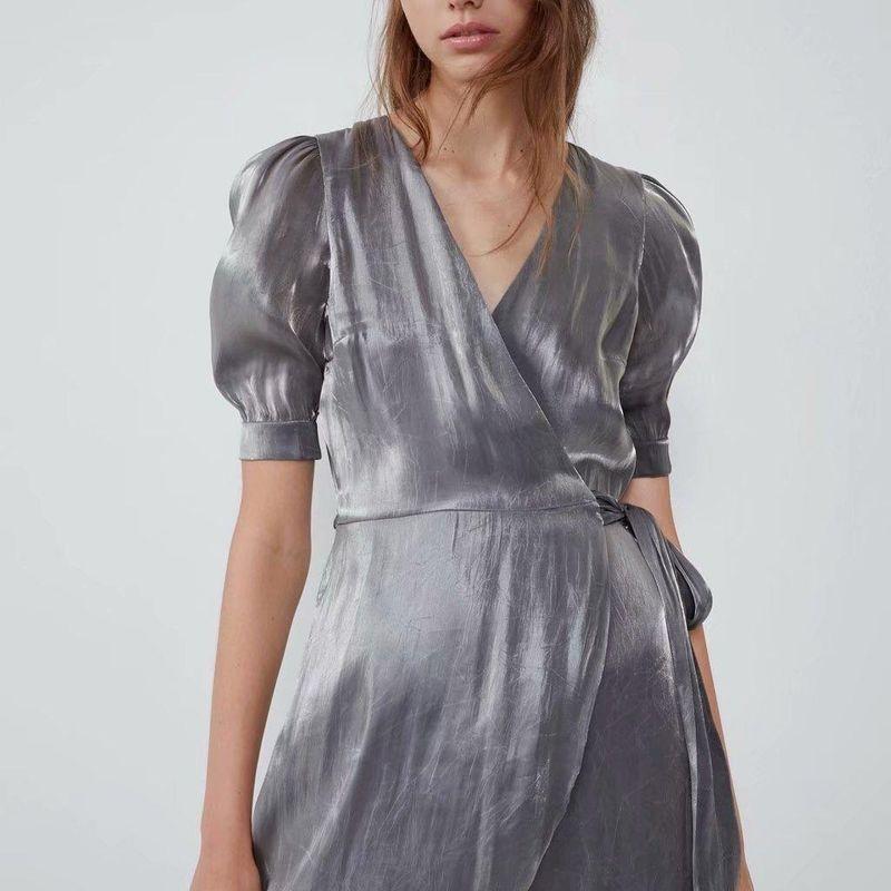 Vestido cruzado con efecto metalizado de otoño NHAM151628