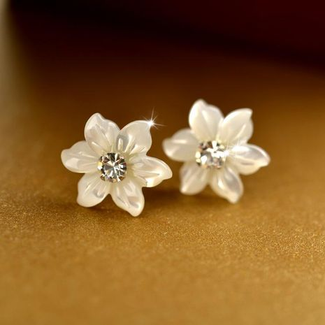 925 sterling silver shell white flower simple diamond stud earrings NHLJ152168's discount tags