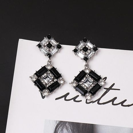 Simple full diamond square stud earrings NHJJ153551's discount tags