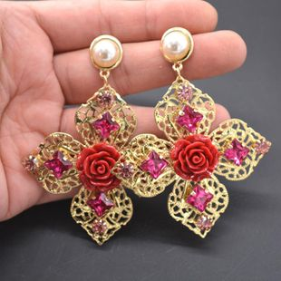 Pendientes geométricos de flores de porcelana perla de metal barroco NHNT154542's discount tags