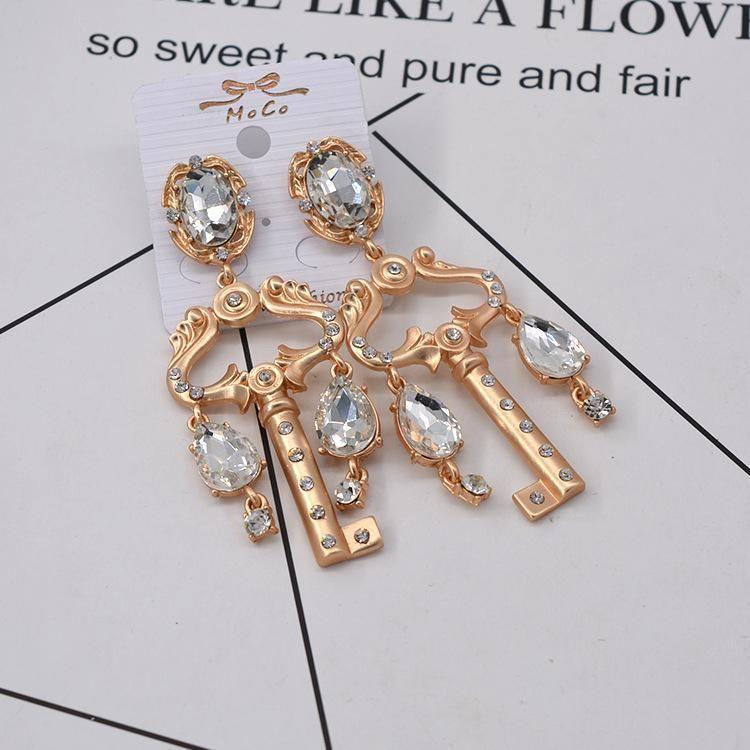 Pendientes vintage de piedras preciosas de diamantes de imitación NHNT154647