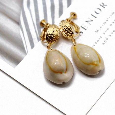 Ocean vacation shell ear clip natural shell earrings NHOM154989's discount tags