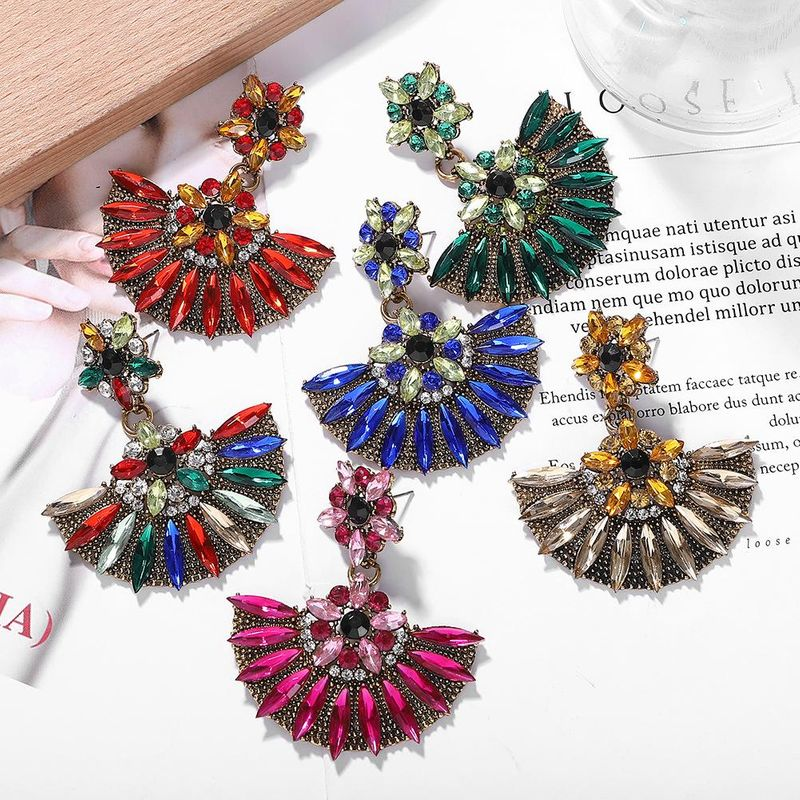 Fashion alloy diamond flower earrings NHJQ155429