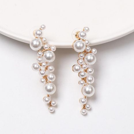 Pearl-studded grape-shaped earrings NHJJ155448's discount tags