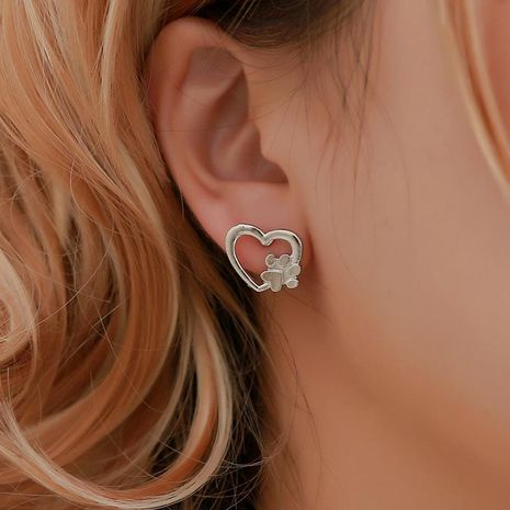 Simple love dog claw hollow heart heart earrings NHDP155664's discount tags