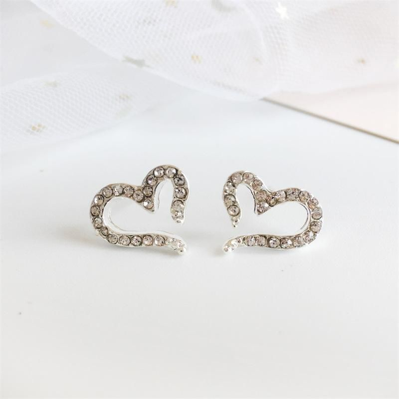 Rhinestone heartshaped silverplated earrings NHDP155666