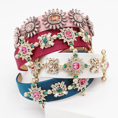 Baroque colored diamond cross headband NHWJ155754's discount tags