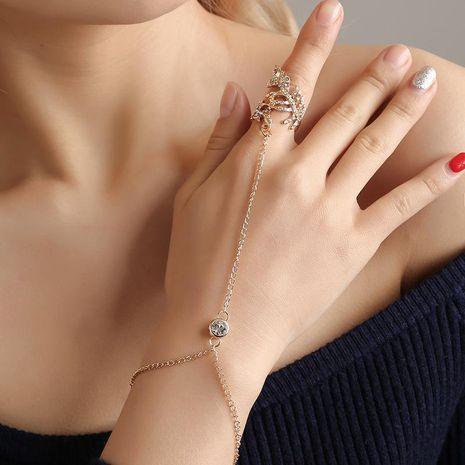 Élégante et belle bague de feuille ajourée sertie de diamants NHDP150046's discount tags