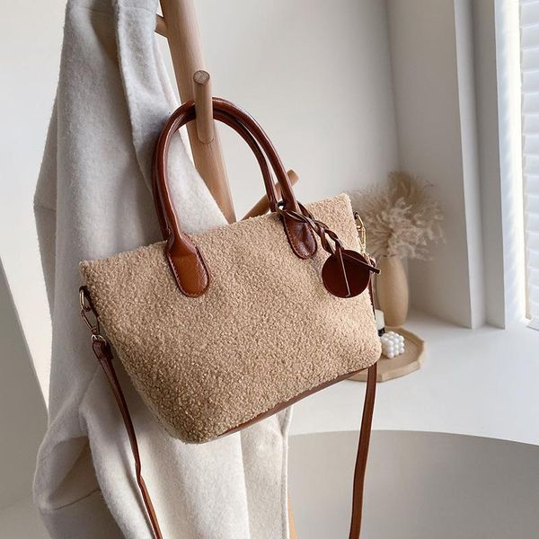 New autumn and winter wild atmosphere shoulder crossbody bag NHLD193973