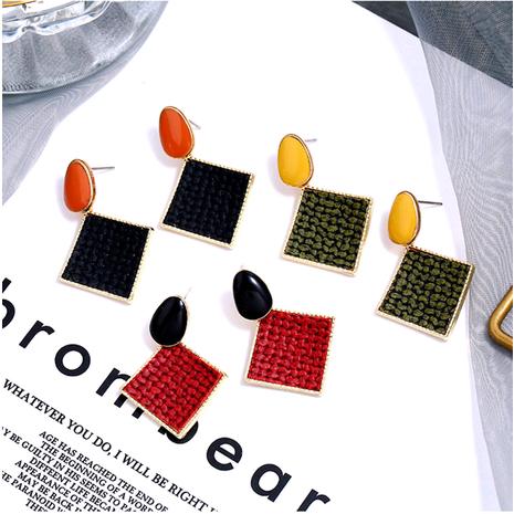 Pendientes de metal cuadrados simples geométricos tridimensionales de temperamento de moda NHSC194588's discount tags