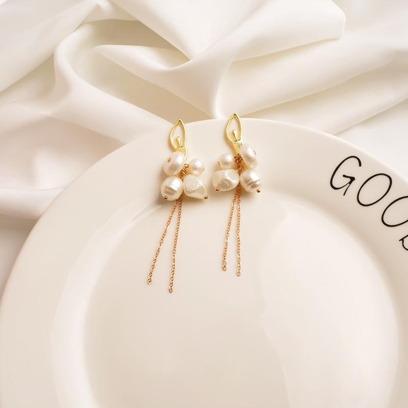 New metal long tassel earrings women's high sense irregular pearl ear pins Korean earrings NHWF194216