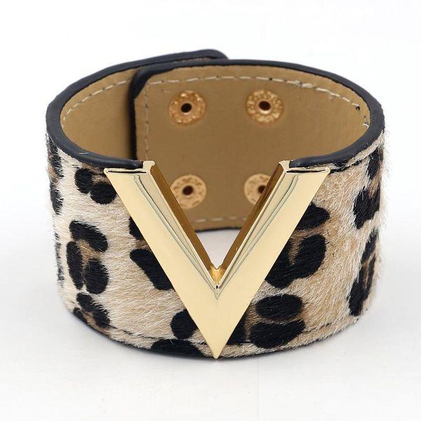 Fashion Accessories Korean PU Leather V-Leopard Horse Hair Women's Wide Bracelet Bracelet NHHM194377